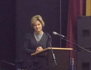 Maria Larsson på besök i Järfälla