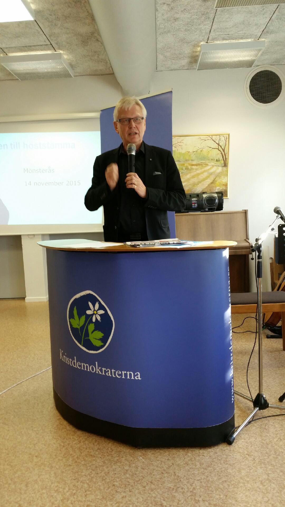 Anders Andersson inleder stämman