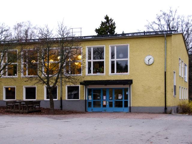 Helenelundsskolan. Foto: Ulf Rydin/Wikimedia Commons