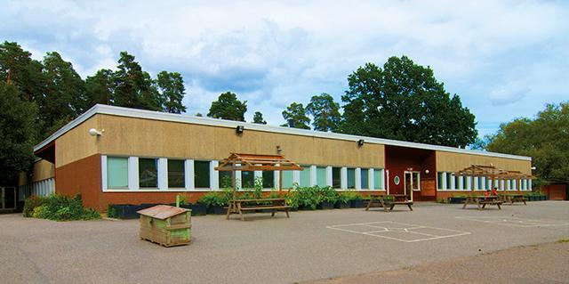 Tegelhagsskolan i Helenelund. Foto: Bengt Bäverman/Wikimedia Commons