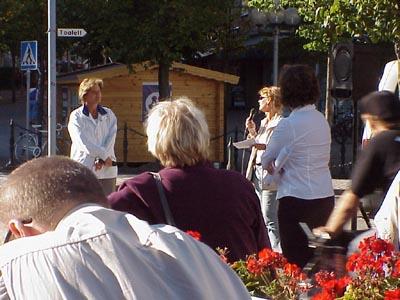 Carina Hägg inledde debatten. (Foto: Håkan Johansson)