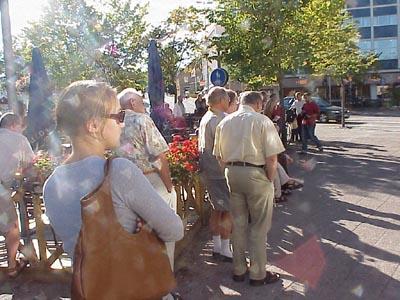 Ett sjuttiotal åhörare hade samlats på Flanaden i Värnamo. (Foto: Håkan Johansson)