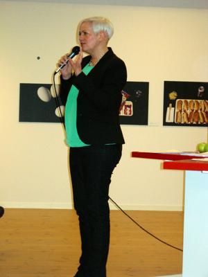 """Acko Ankarberg Johansson, Kristdemokraternas partisekreterare, höll ett inspirerande och utmanande tal. """"Precis som Vandalorum har Kristdemokraterna haft det motigt ett tag. Nu efter valanalysen och det extra Rikstinget har vi samlat oss. Jag vet att vi kommer att vända!""""  (Foto: Håkan Johansson)"""