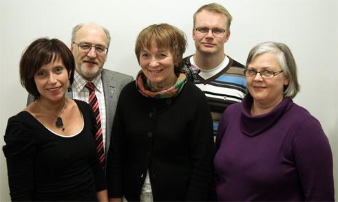 Dina kandidater till Värnamo kommunfullmäktige: Camilla Rinaldo, Bredaryd, Christer Fjordevik, Värnamo, Birgitta Johansson, Värnamo, Leif Bäckrud, Rydaholm och Lena Freij, Bor. (Foto: Frida Fotograf)