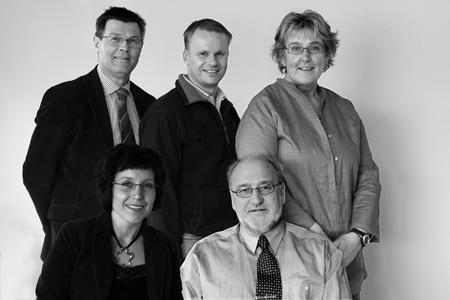Dina kandidater till Värnamo kommunfullmäktige: Stig Claesson, Leif Bäckrud, Margareta Lindahl, Camilla Rinaldo Miller och Christer Fjordevik. (Foto: Fotograf Frida)