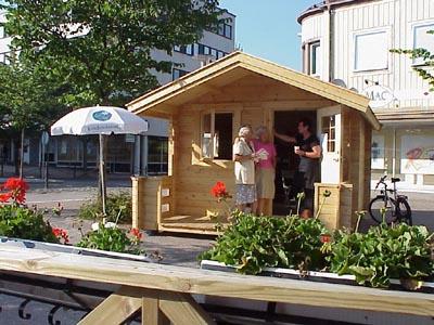 Kristdemokraternas valstuga i Värnamo 2002. (Foto: Håkan Johansson)
