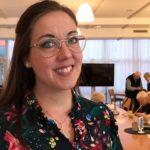 Pia Skogsberg från Hestra gav svar på den utmanande frågan om varför rösta på ett litet parti. (Foto: Ann-Mari Wiberg)