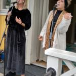 Spring City är tre tjejer (en hade förhinder i kväll) med rötterna i Malmbäck. De sjöng bland annat vinnarlåten från P4 Nästa - Back on our streets. (Foto: Håkan Johansson)
