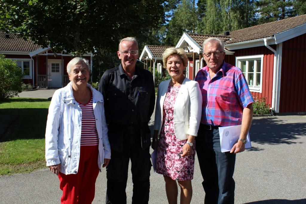 Maria Larsson vid besök i Nye